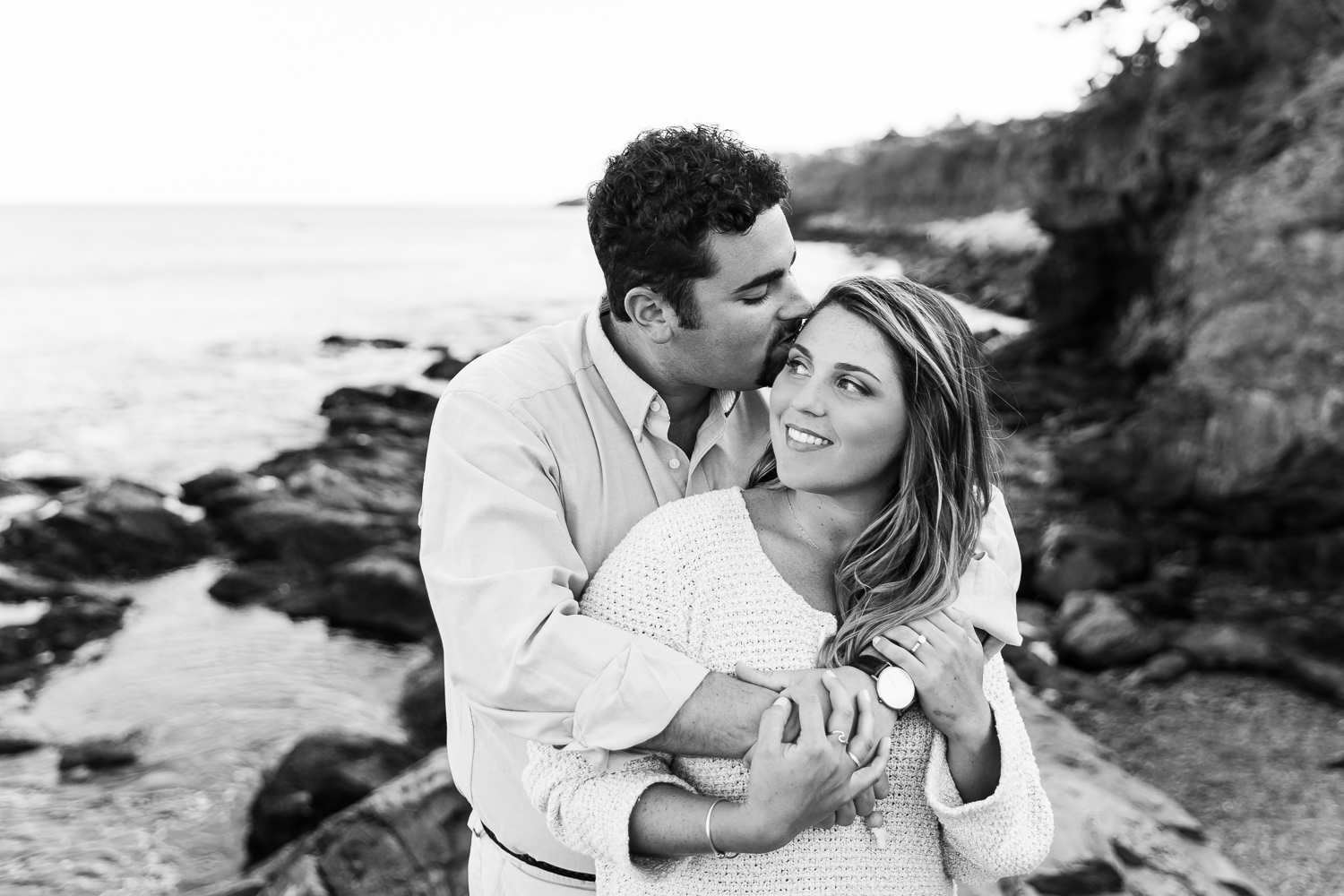 newport cliff walk engagement session