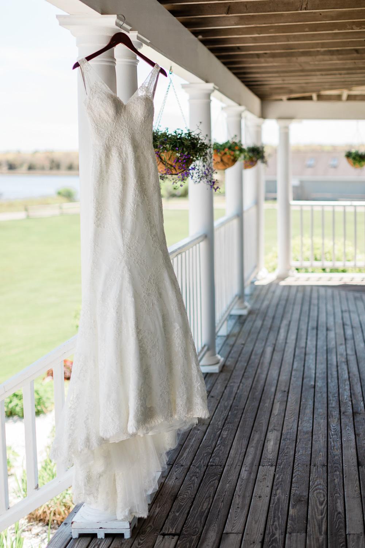Monique Lhuillier Bridal Gown