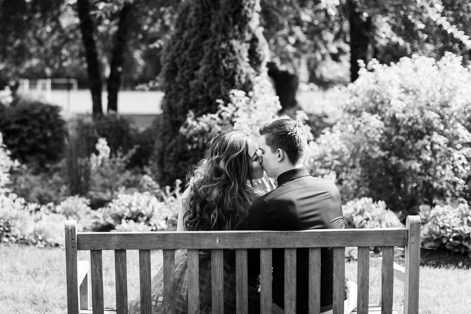 The Gardens at Elm Bank Engagement Session