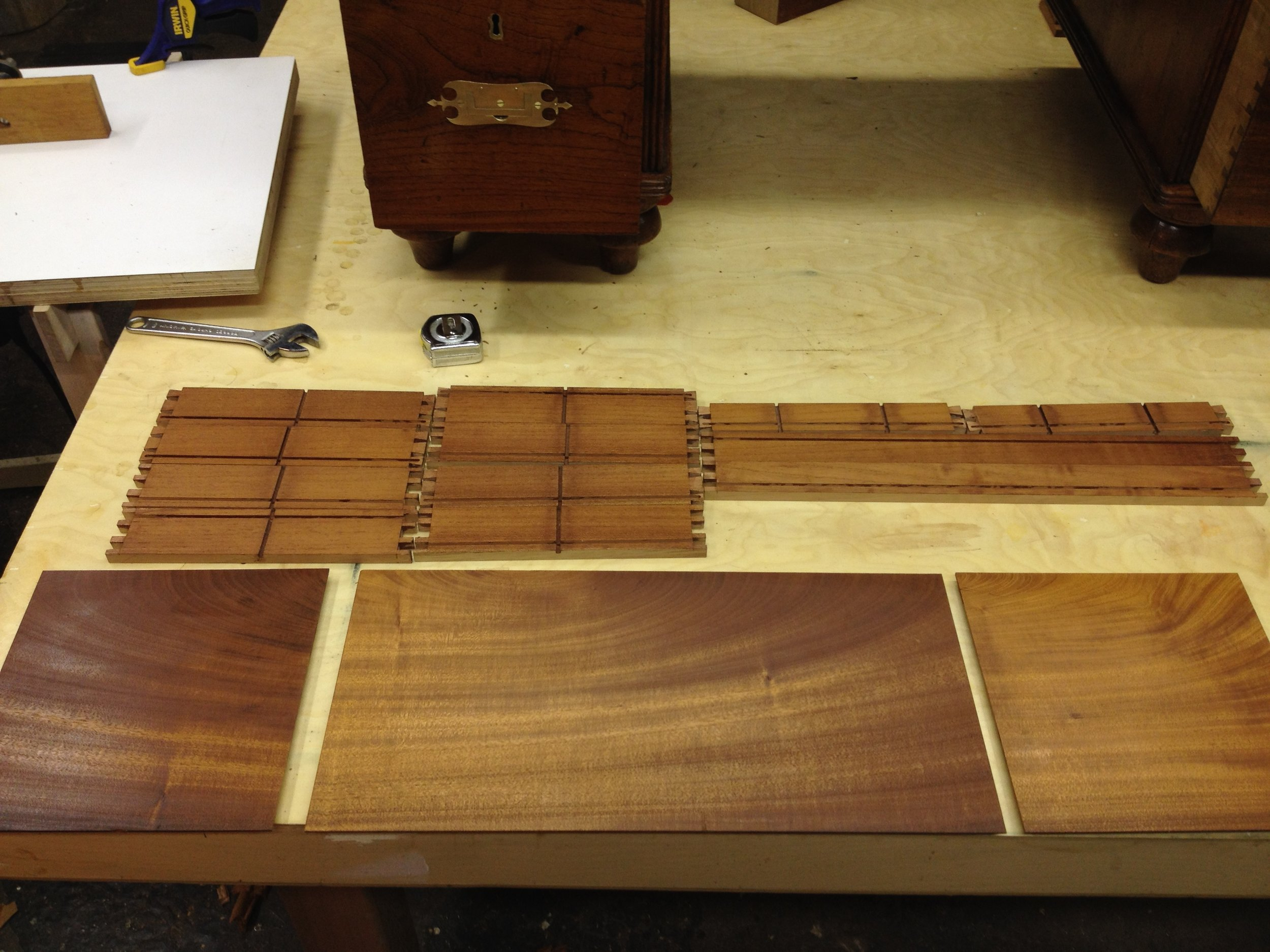 These parts will be the top trays. The sides will be spanish cedar and the bottoms, mahogany.