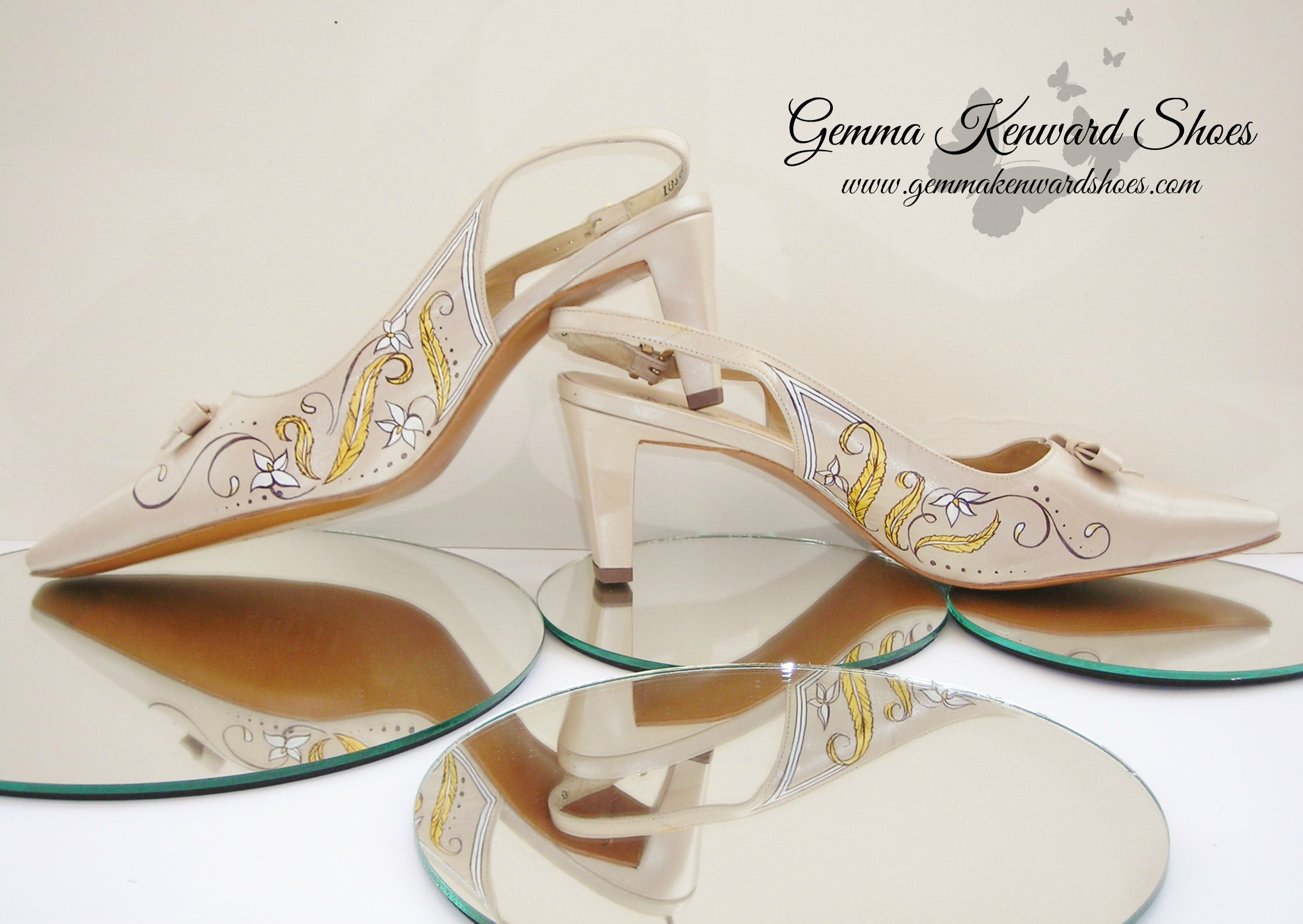 Hand Painted art deco gold wedding shoes.jpg
