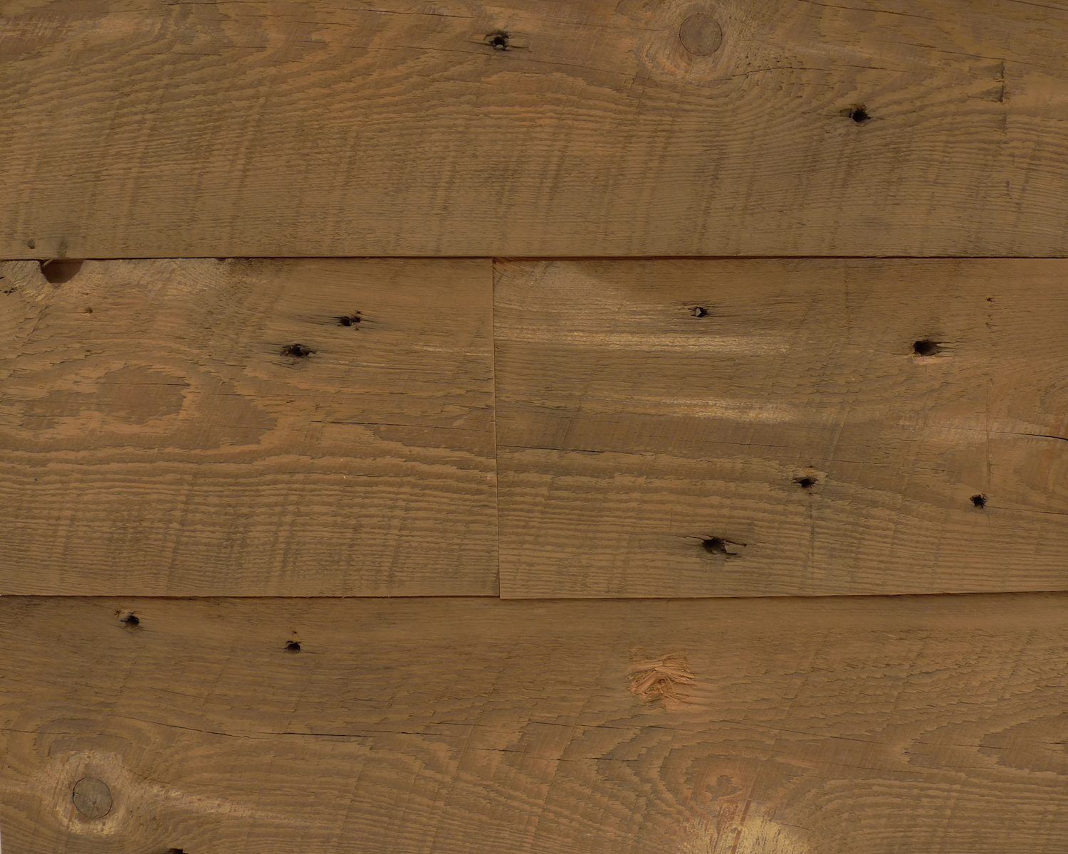 reclaimed-weathered-heart-pine-flooring