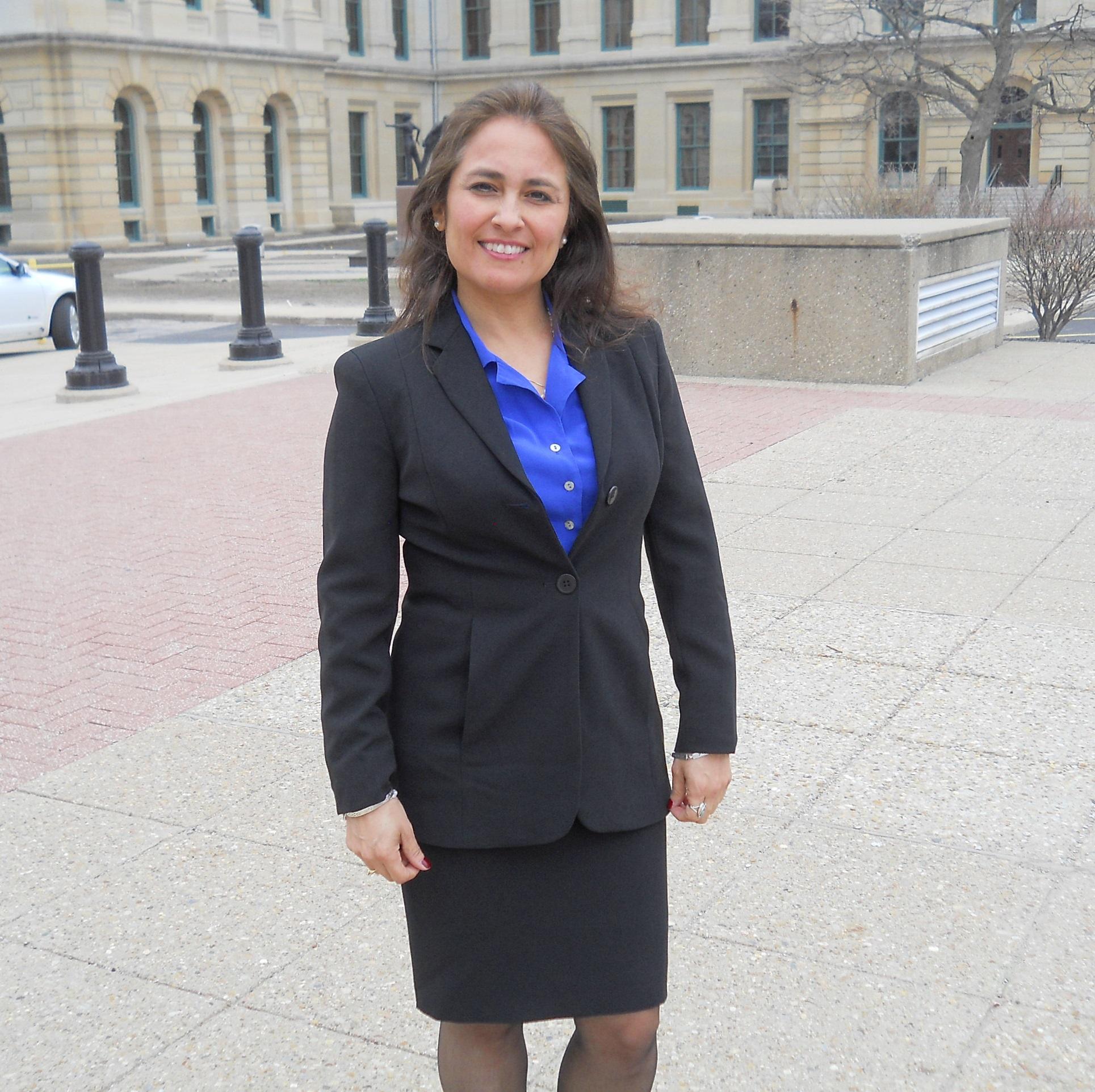 Dr.Sandra Arango-Padron