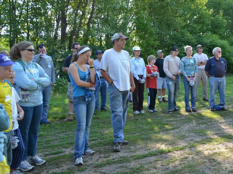 volunteers - julie rantala far right.jpg