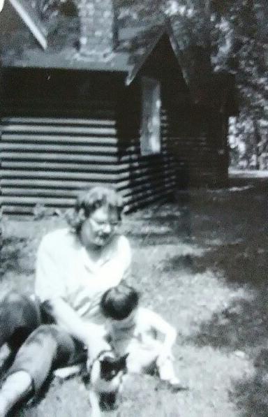 Grandma Gloria, Mom Laurie.jpg
