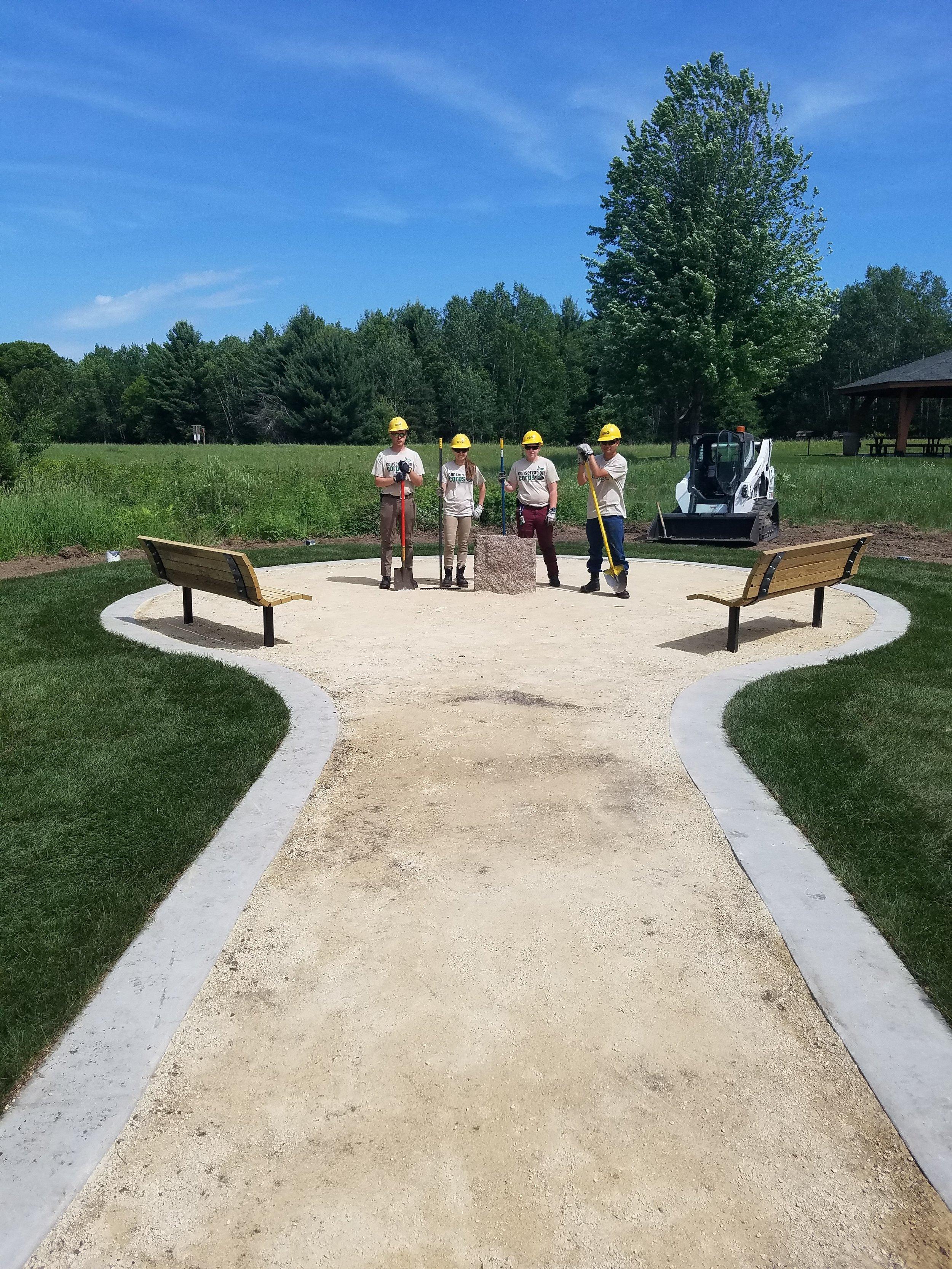 Coon Lake Vet memorial 1.jpg