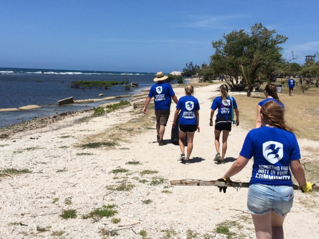 MissionContinues_BeachCleanup5.JPG