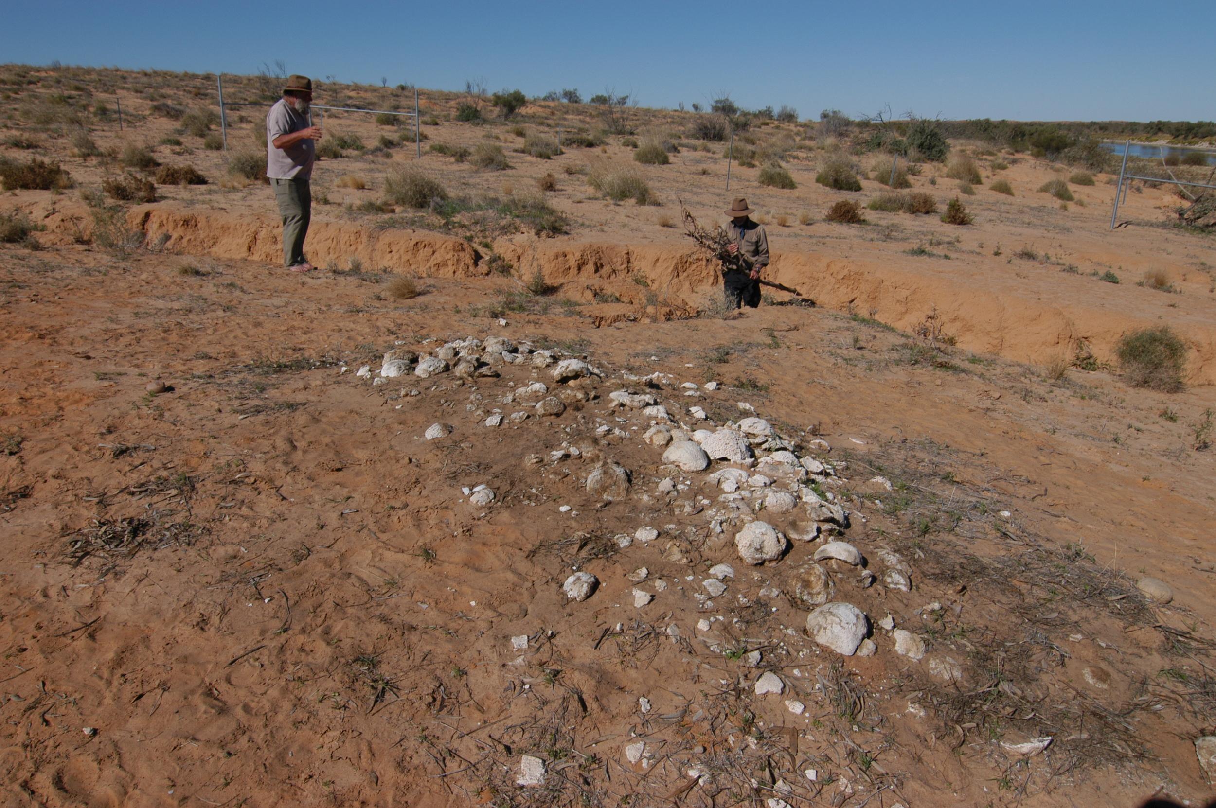 Kopi Caps, Simpson Desert Archaeology Expedition 2008.