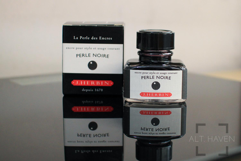 J Herbin Perle Noire.jpg