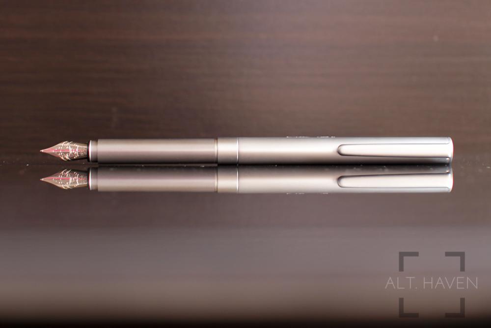 Muji Short Fountain Pen 4.jpg
