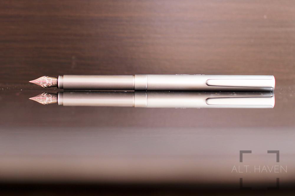 Muji Short Fountain Pen 3.jpg