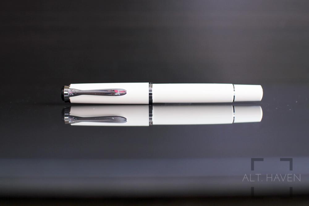 Pelikan M205 1.jpg