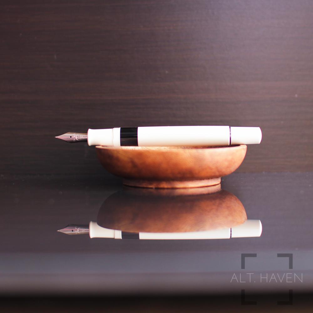 Pelikan M205 3.jpg