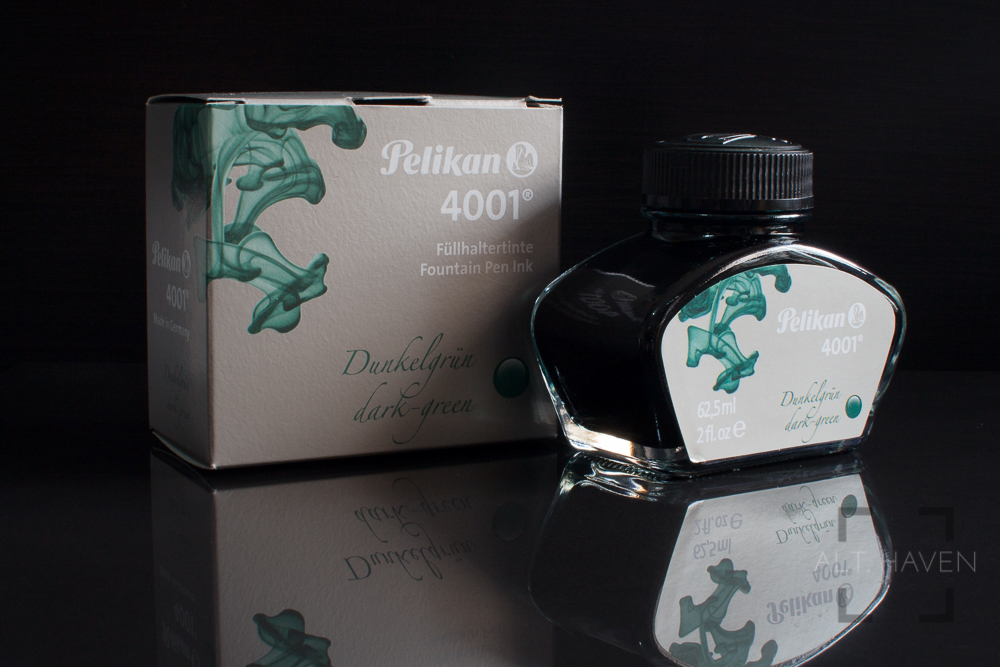 Pelikan 4001 Dark Green-2.jpg