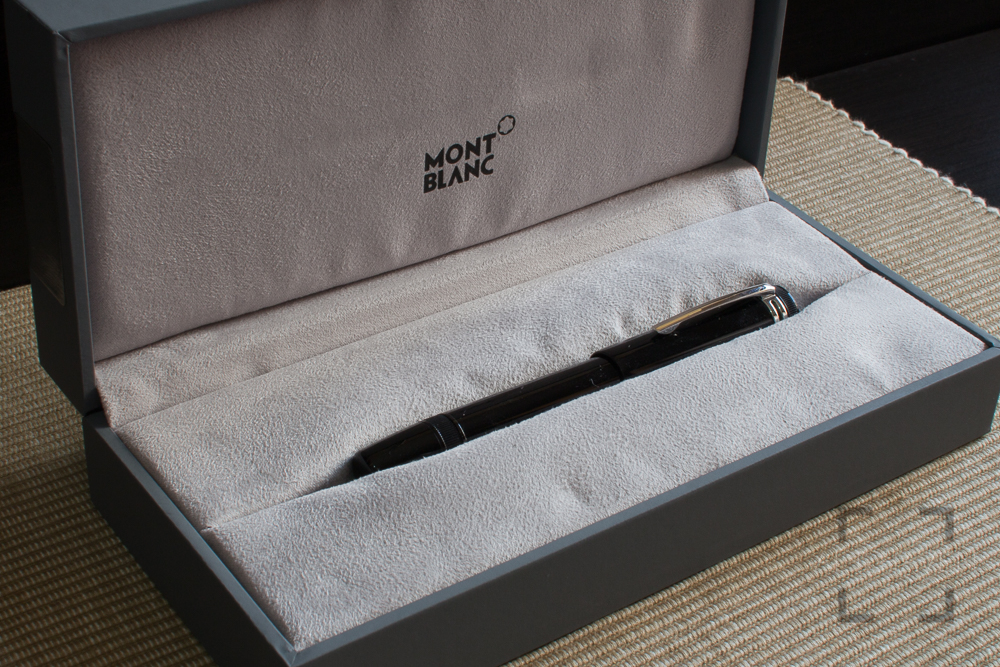 Montblanc Heritage Collection 1912-5.jpg