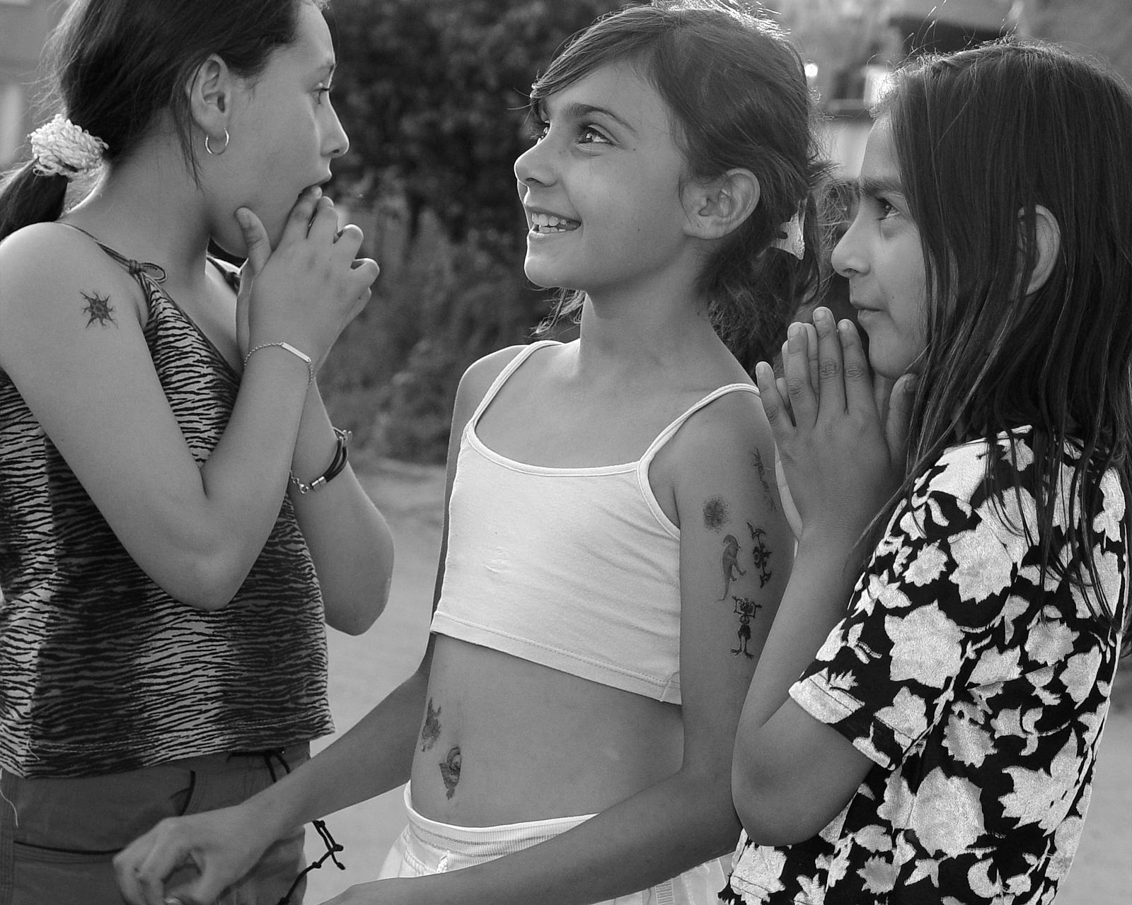 Roma girls, Bulgaria
