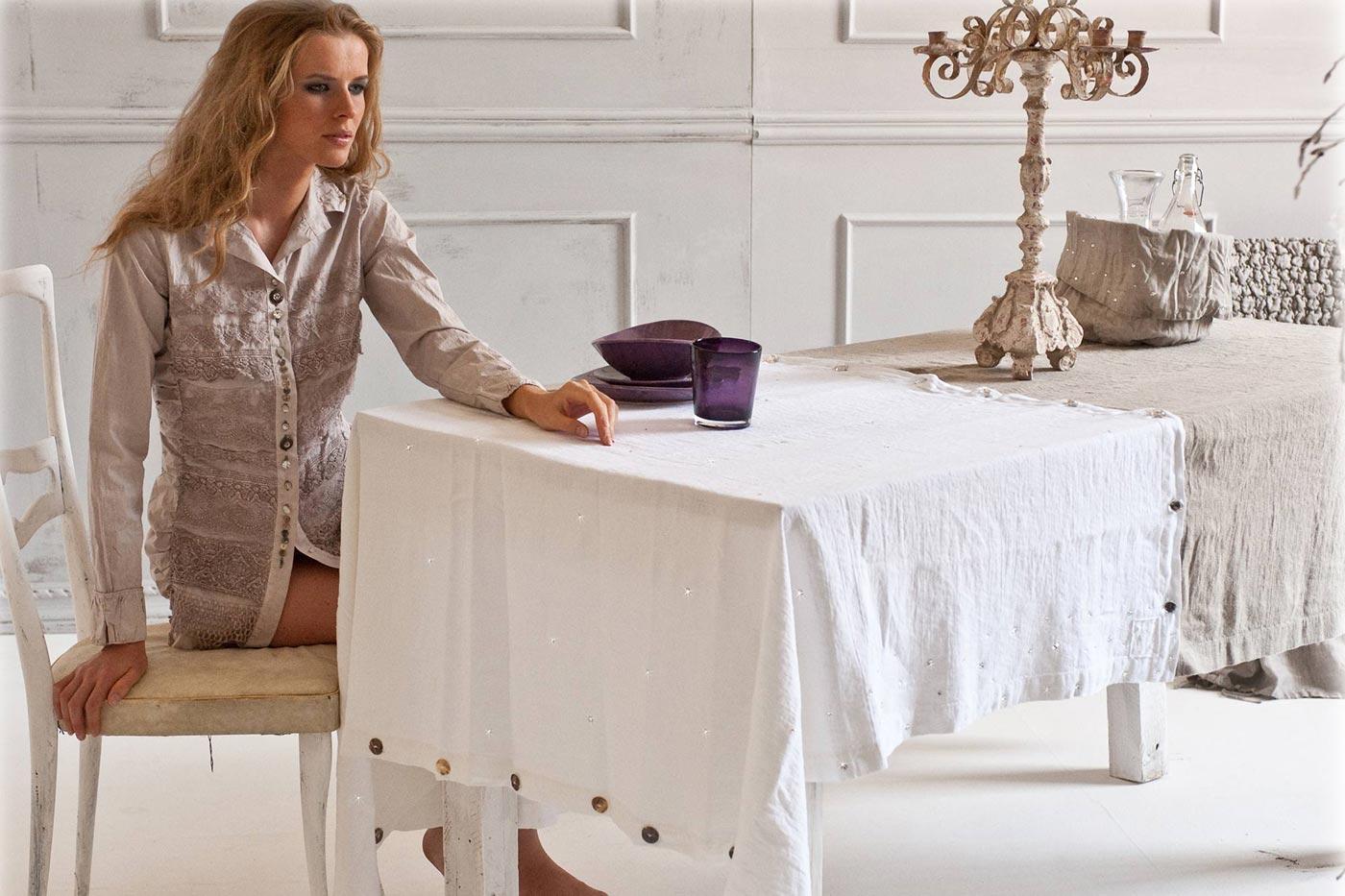 40-arte-pura-table-collection.jpg