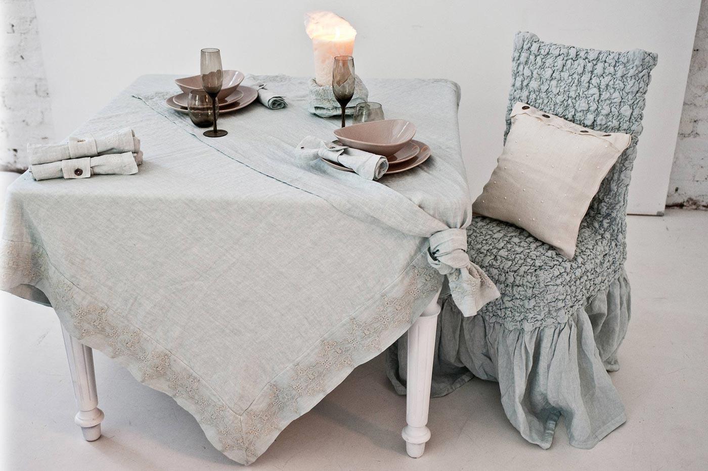 21-arte-pura-table-collection.jpg
