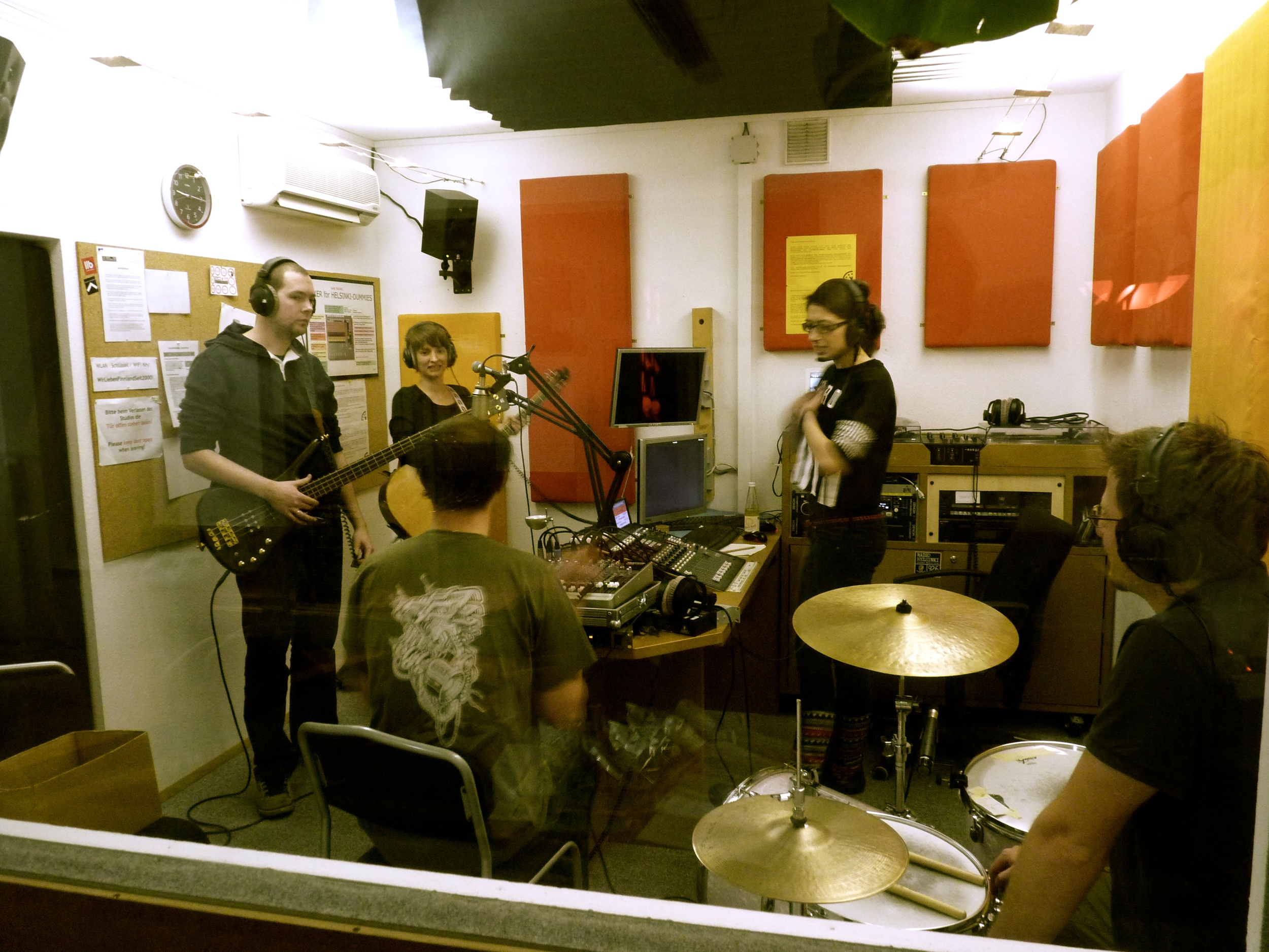 With 5 people, the studio is pretty crowded