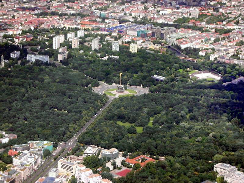 Berlin_Tiergarten_Siegessäule_Luftansicht.jpg