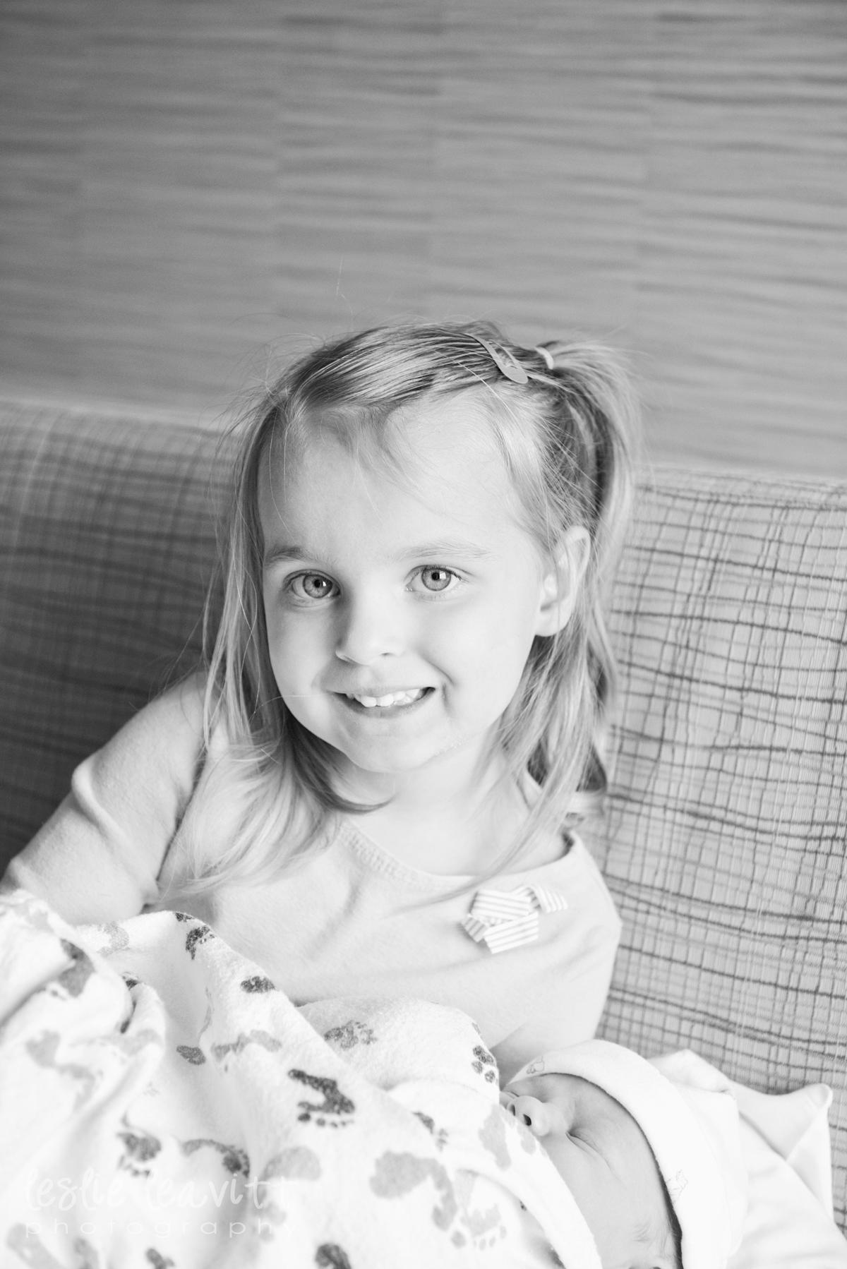 Omaha Newborn Photography_08.jpg