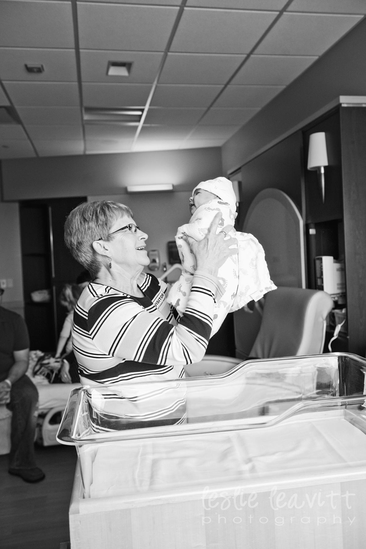 Omaha Newborn Photography_20.jpg