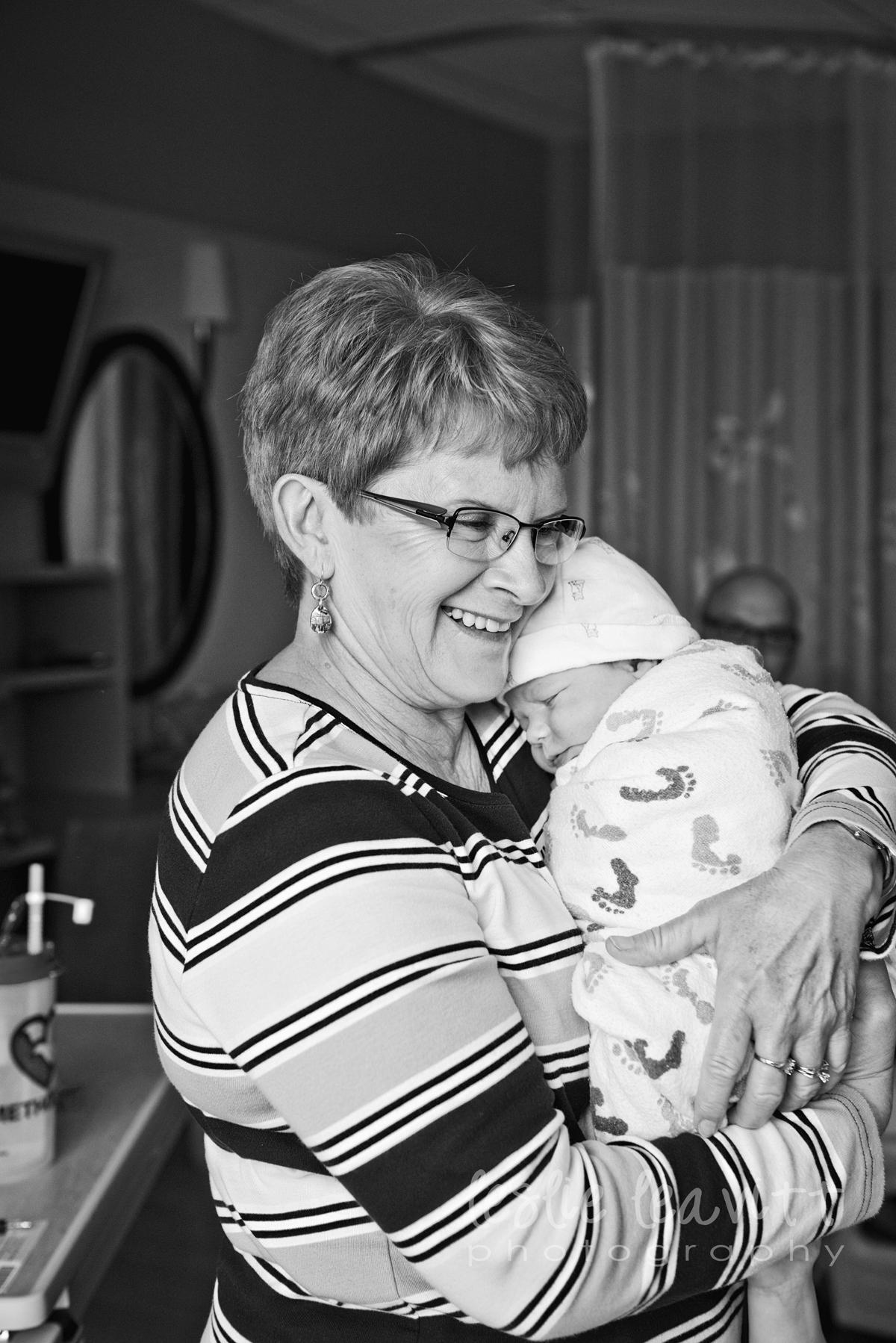 Omaha Newborn Photography_21.jpg