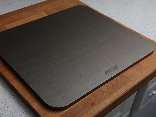 20121001-baking-steel-thick-pizza-lab-01.jpg