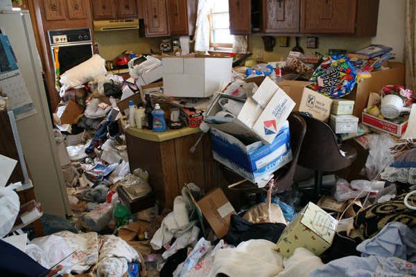 messy-kitchen2.jpg