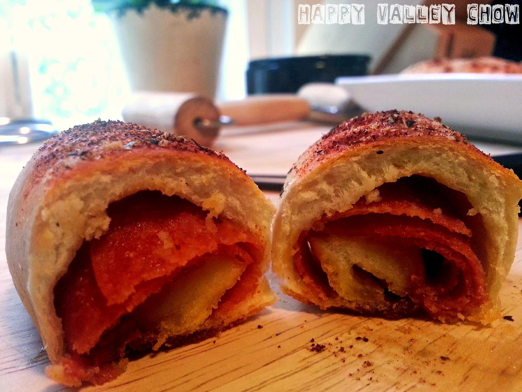 Pepperoni Roll 2.jpg