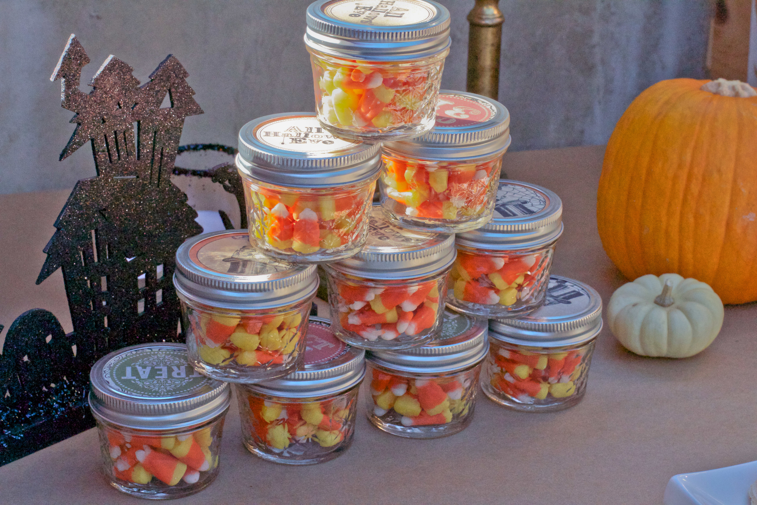 Candy corn to-go!