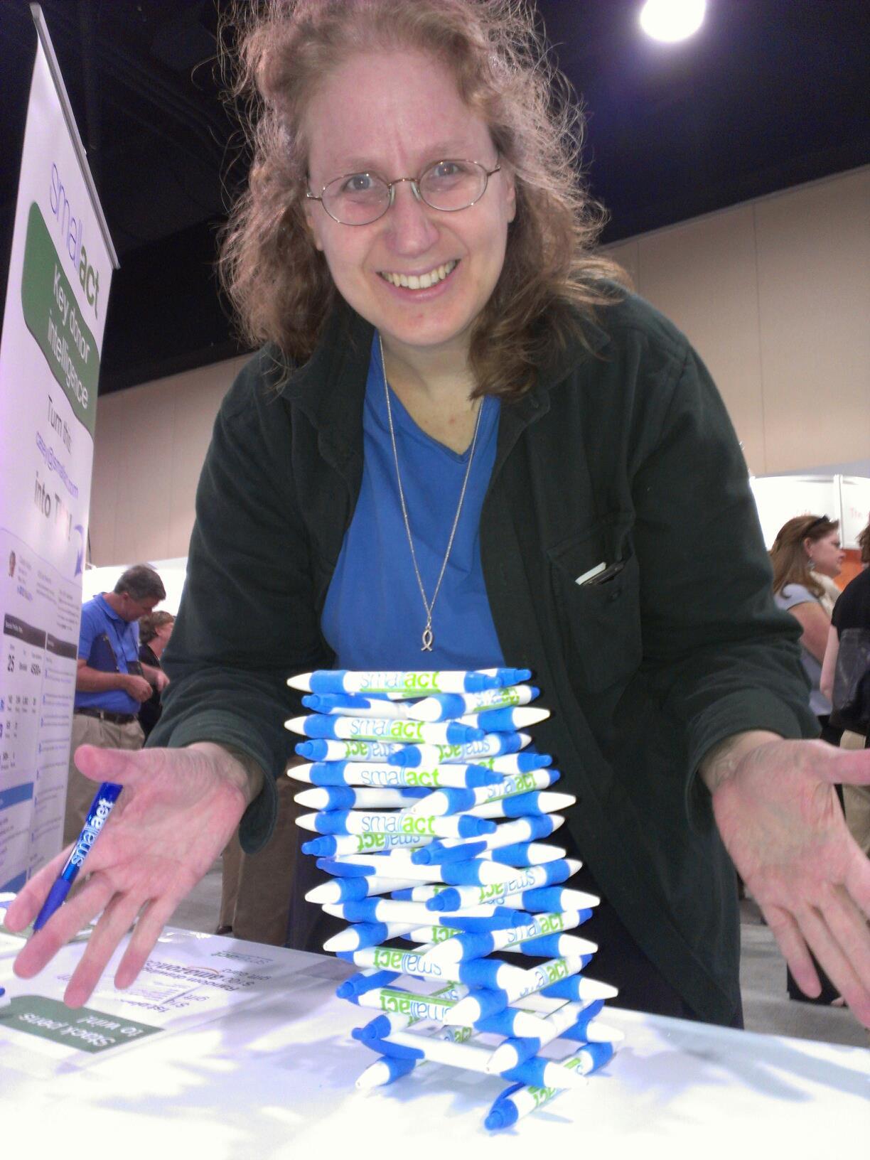 Sharon stacking pens