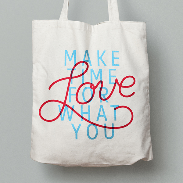 Tote bag and lettering design for an annual GM conference. (Cineplex)