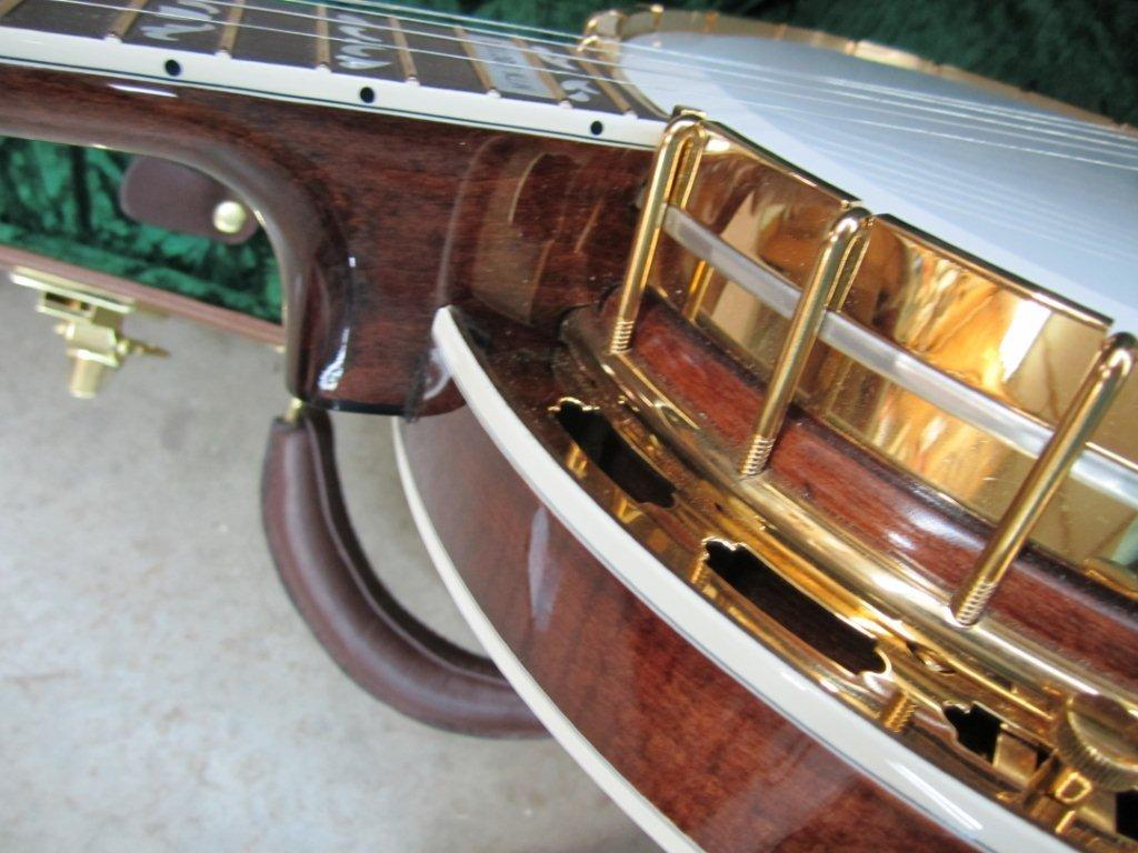 Neat Archtop Banjo 006.jpg