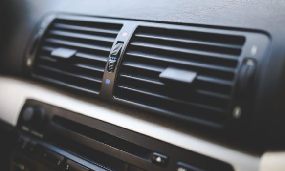 air-conditioning-auto-racing-bmw-6130.jpg