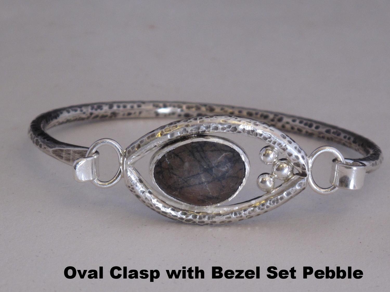 bracelet oval clasp.JPG