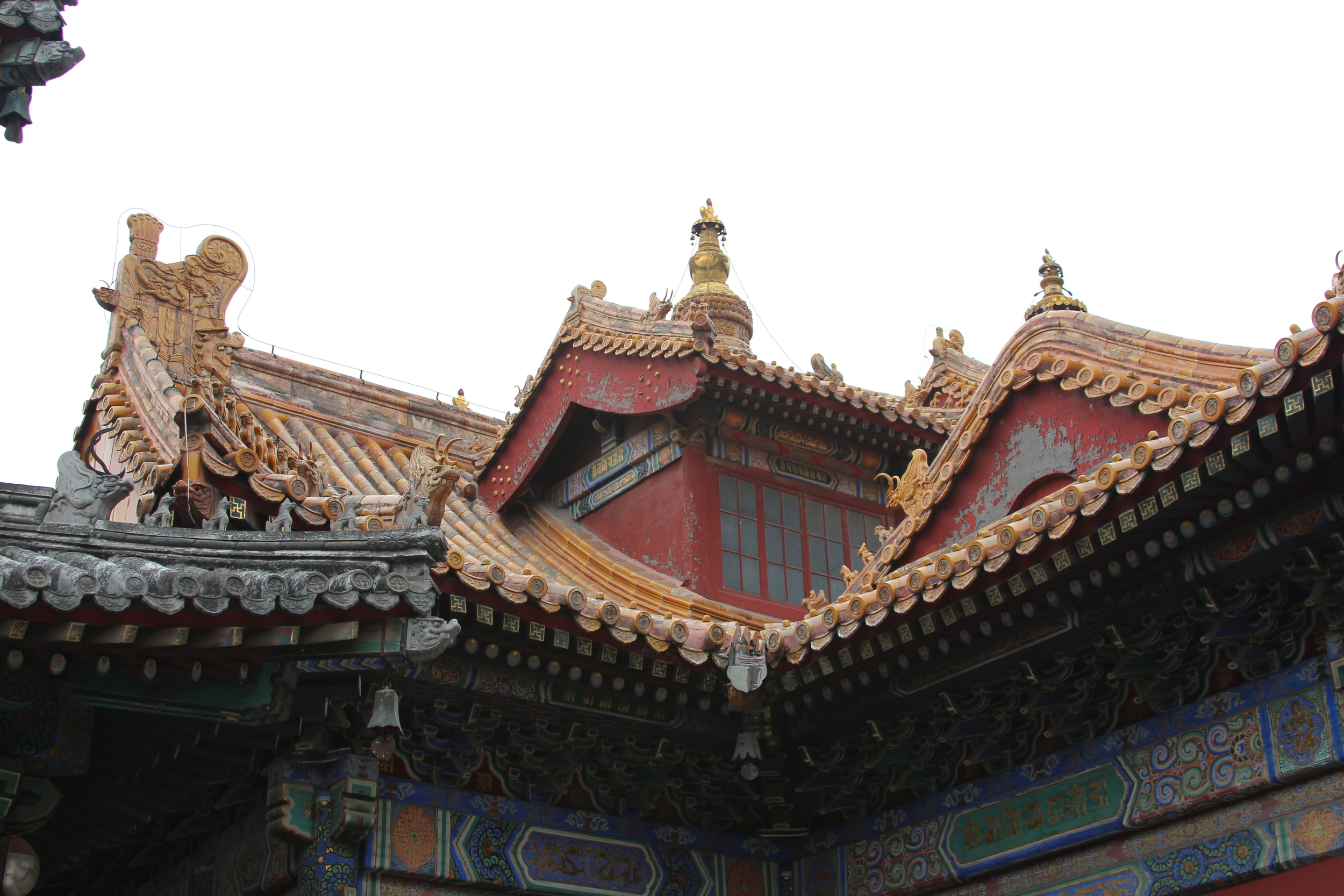 had never seen a skylight in chinese architecture (see the light in the previous photo)