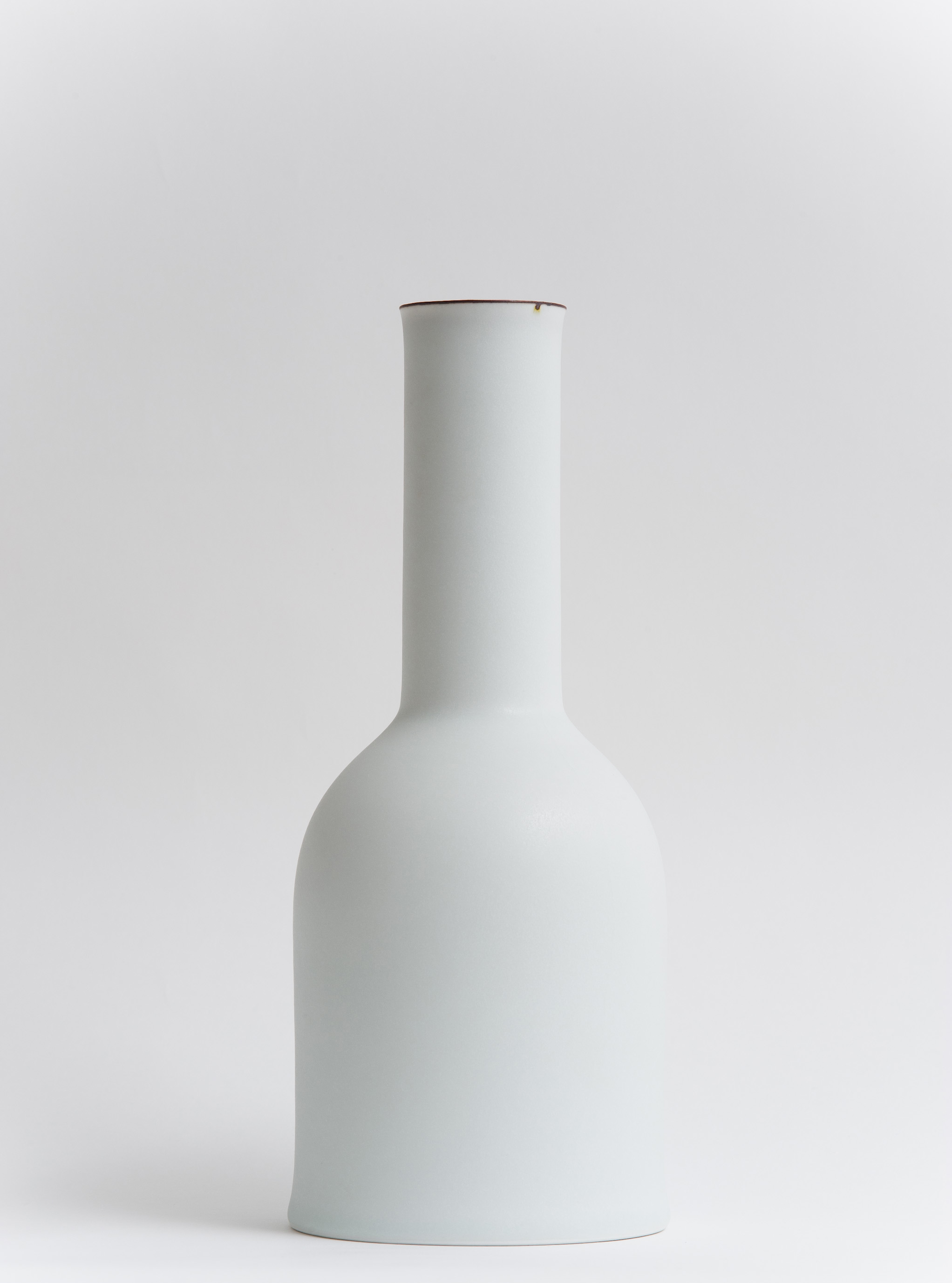 22 Bell Vase 2011.jpg