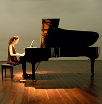 Anna Goldsworthy performing in Brazil