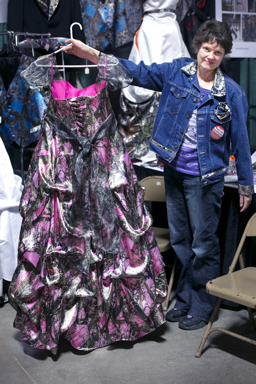Camo formal wear vendor.