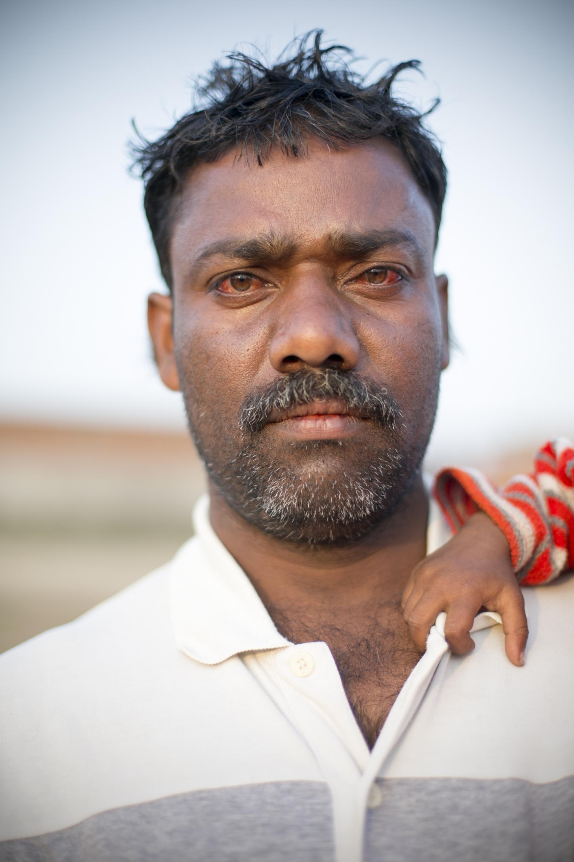 VaranasiPortrait_01.jpg