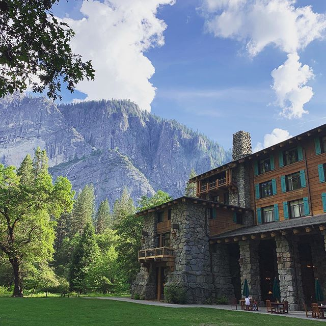 Yosemite in its glory! The Majestic Hotel sits at the foot of the Dome. Truly magestic! #californiatocolorado #roadtrip #yosemite #martinagatesfotoworks
