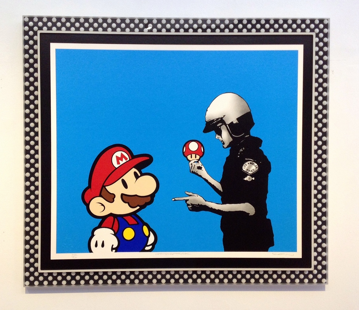 Black and white polka dots for Mario