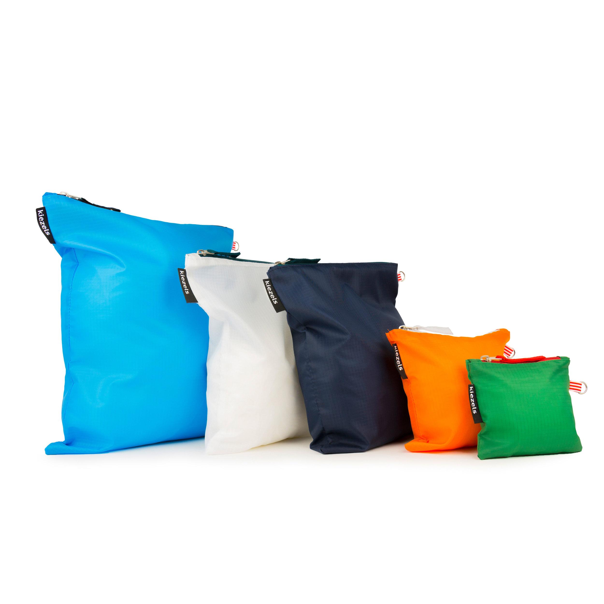 No. 218 Travel organiser bags - colours € 21.00