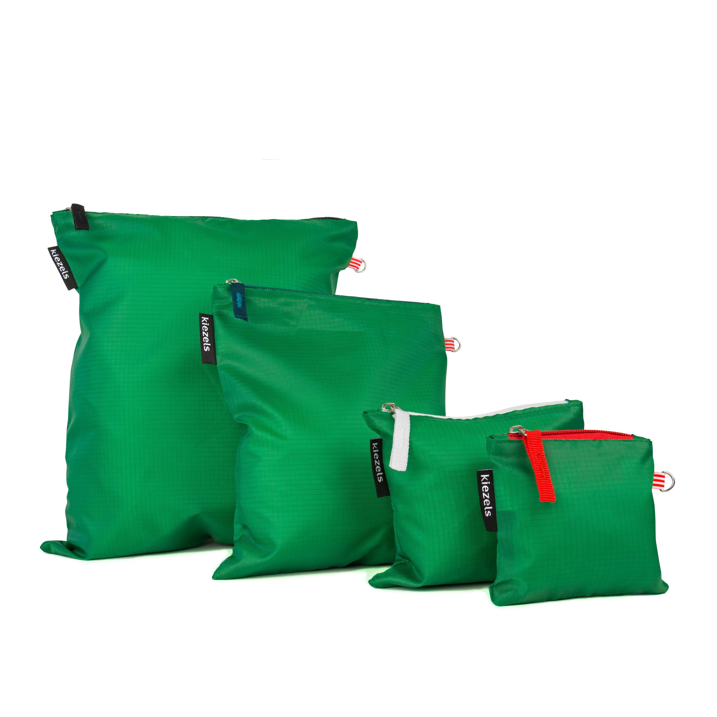 No. 203 Travel organiser bags - green € 18,50
