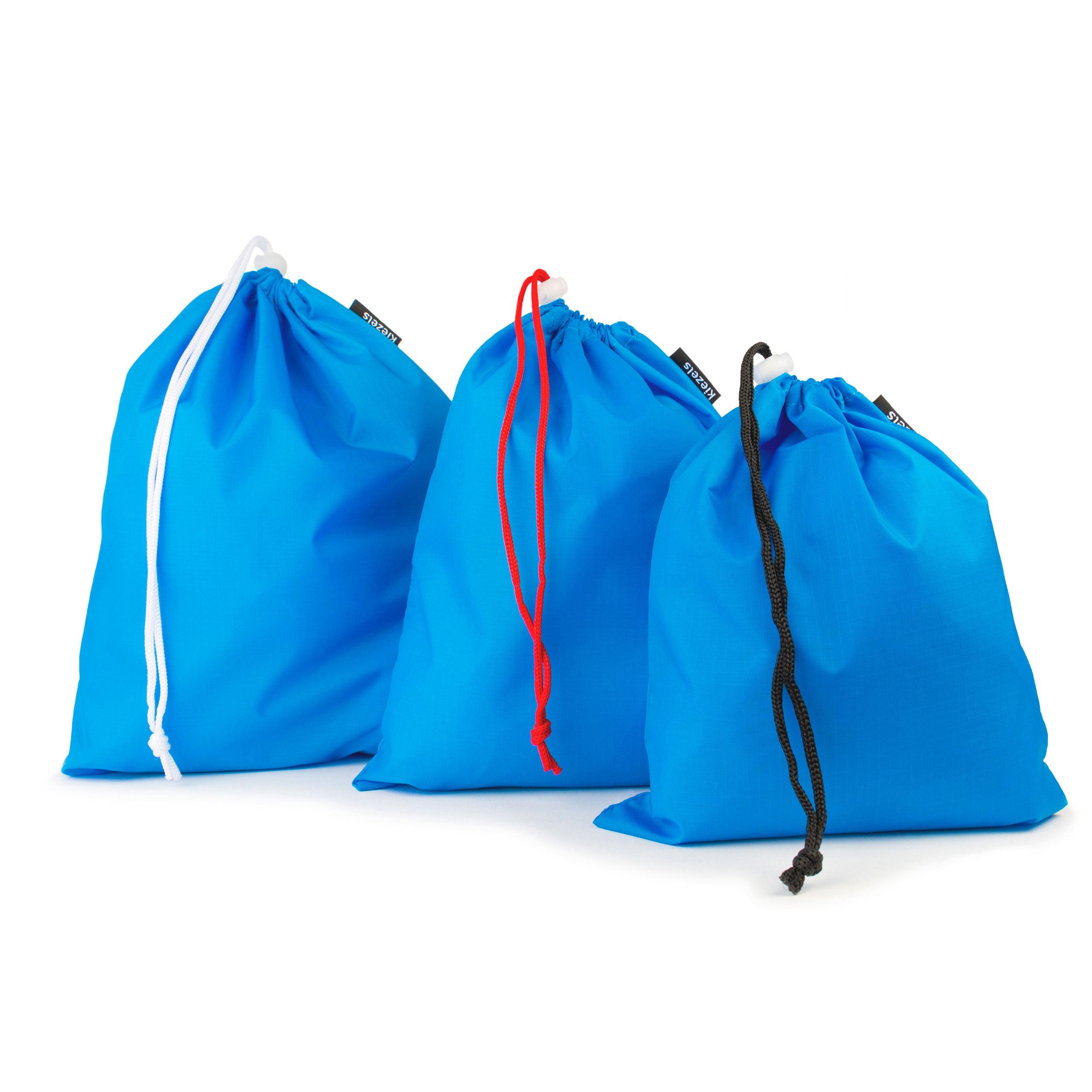No. 207 Travel organiser bags - 3 sizes - sky blue € 17,50