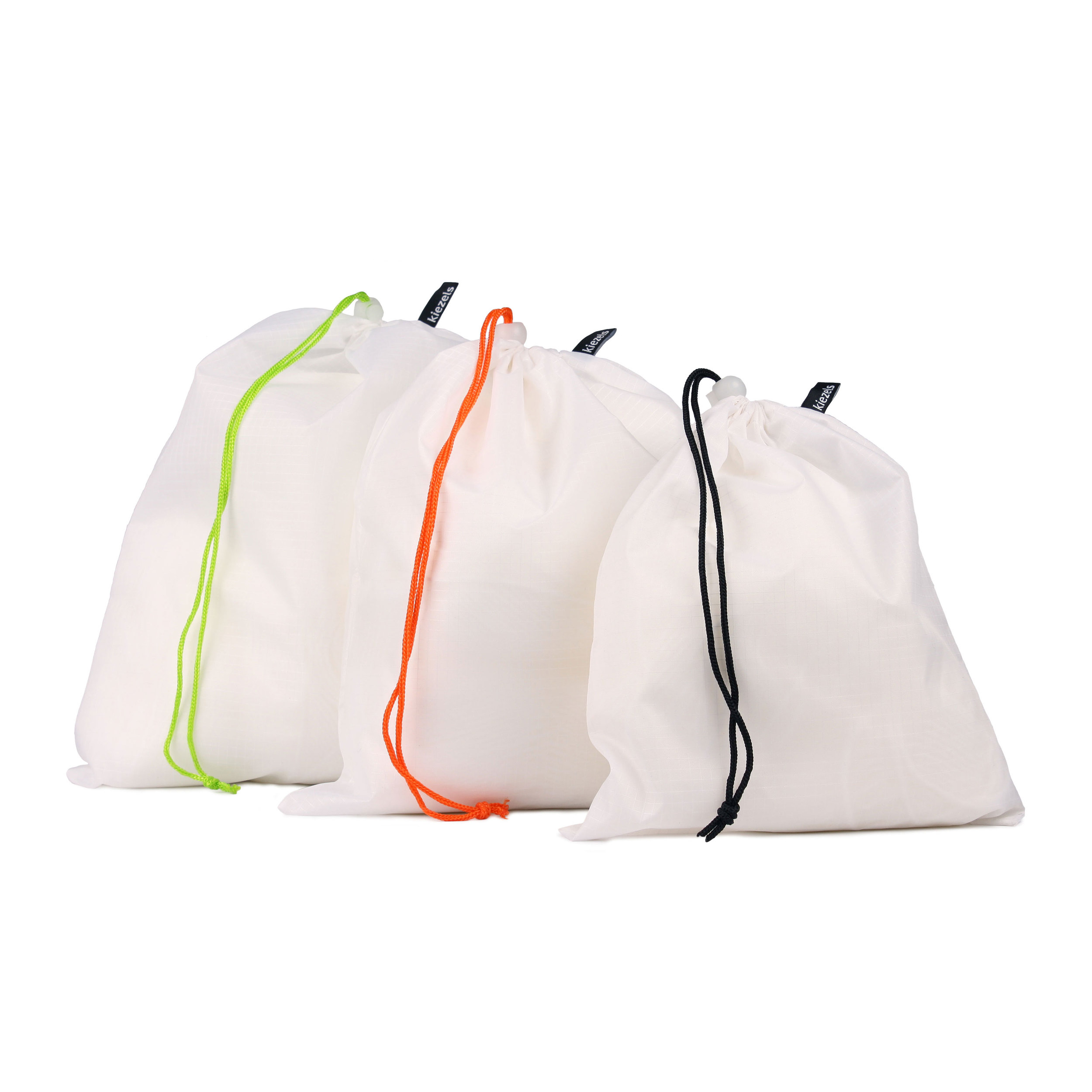 No. 206 Travel organiser bags - 3 sizes - white € 17,50