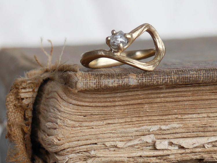 raw-diamond-vintage-books-c.jpg
