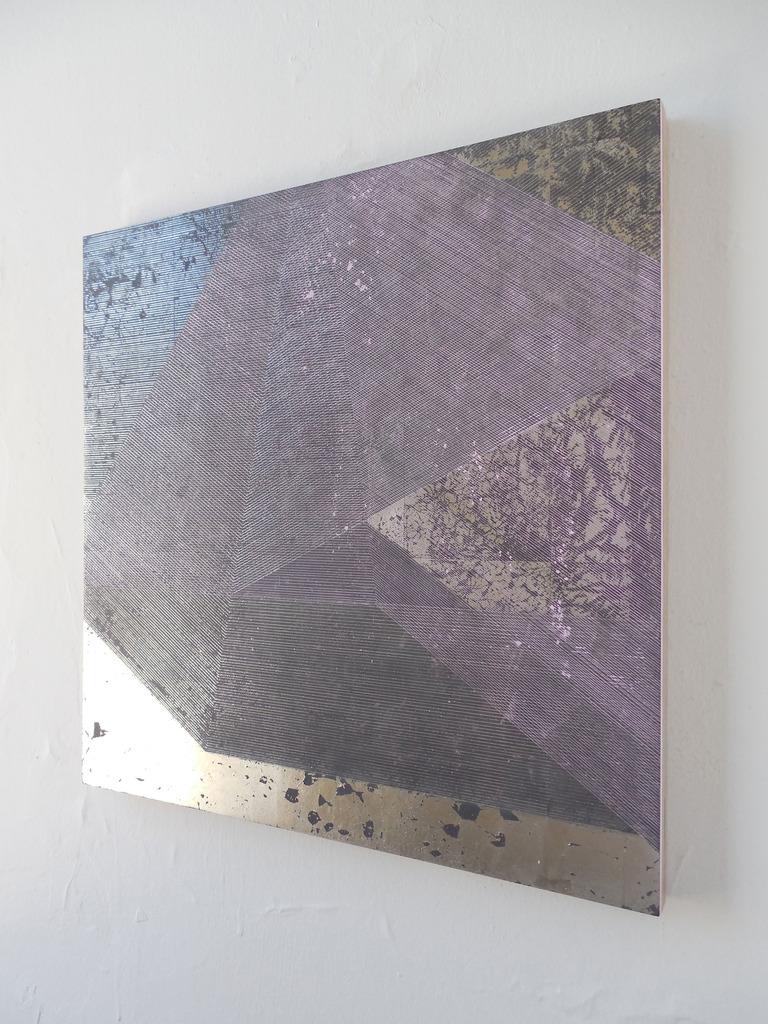 Mochzuki_-Untitled-4-24_-4-24-2013_-gesso-on-board_-clay_-pigment_-palladium-leaf_-15.5-x-15.5-in.-39.37-x-39.37-cm.jpg