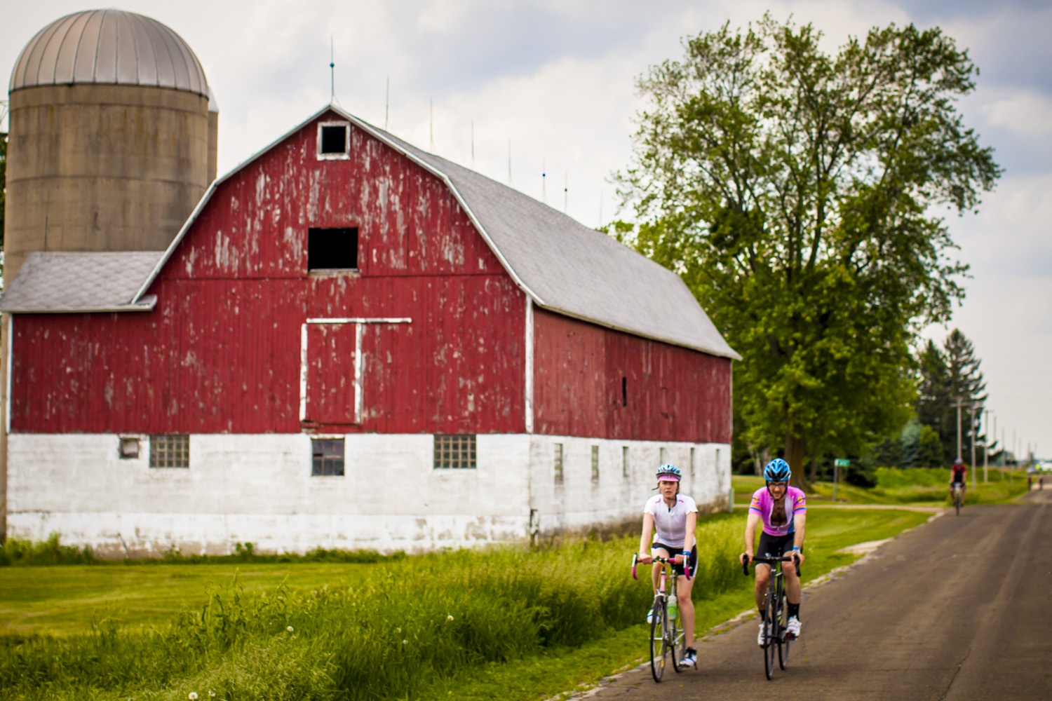 Iconic Farm Road bike riding in Wisconsin. Some of the countries best roads exist nowhere else other than Wisconsin.
